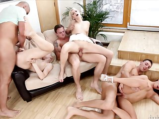 Blonde Neeo enjoys guy's thick stiff ram rod in her sweet mouth