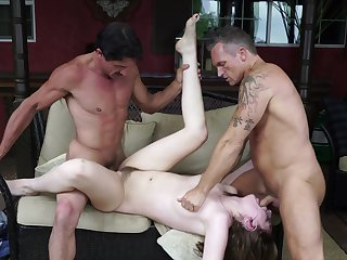 Brunette Tommy Guns gets a mouthful of jizz after blowing Marcus London's cock