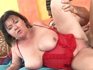 Mature whore and a lucky guy enjoy oral sex they won't soon forget