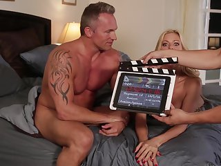 Xander Corvus can't resist amazingly sexy Alexis Fawx's acttraction and bangs her like crazy