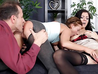 Teen Bella Baby is on the edge of nirvana with George Uhl's rock solid dick in her mouth