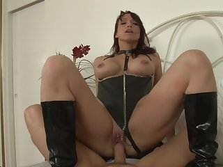 Redhead Nikki Hunter spends her sexual energy with stiff worm in her asshole