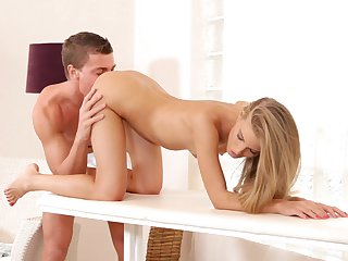 Blonde Cayenne Klein shows hardcore tricks to horny man with desire