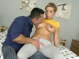 Blonde Renato with huge jugs and trimmed beaver does dirty things and then gets her pretty face painted with love cream
