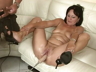 Mature finds herself getting ploughed by horny guy again and again