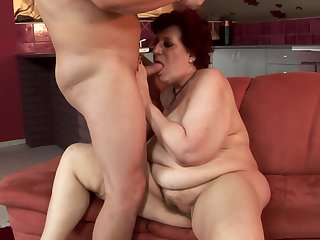 Mature masturbating for your viewing enjoyment