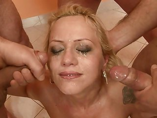Teen does dirty things and then takes cum shot on her nice face