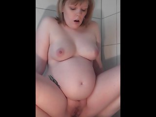 Pissing Beeg Porn