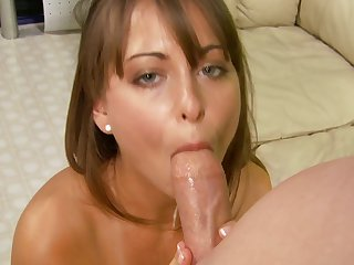 Teen feels the best feeling ever with mans sticky sticky nectar all over her face