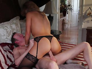 Blonde Brooklyn Lee shows her oral skills in blowjob action with Mark Wood